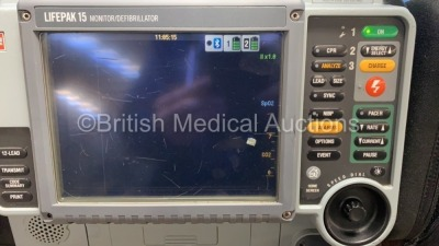 Medtronic Physio-Control Lifepak 15 12-Lead Monitor / Defibrillator *Mfd - 2010* Ref - 99577-000025 P/N - V15-2-000030 Software Version - 3207410-007 - 2