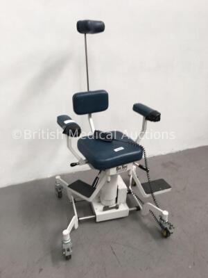 BriTec Bright Technologies Ltd Electric Examination/Operating Chair with Controller (No Power-Clicking Noise) *G* * SN 00062166 * - 2