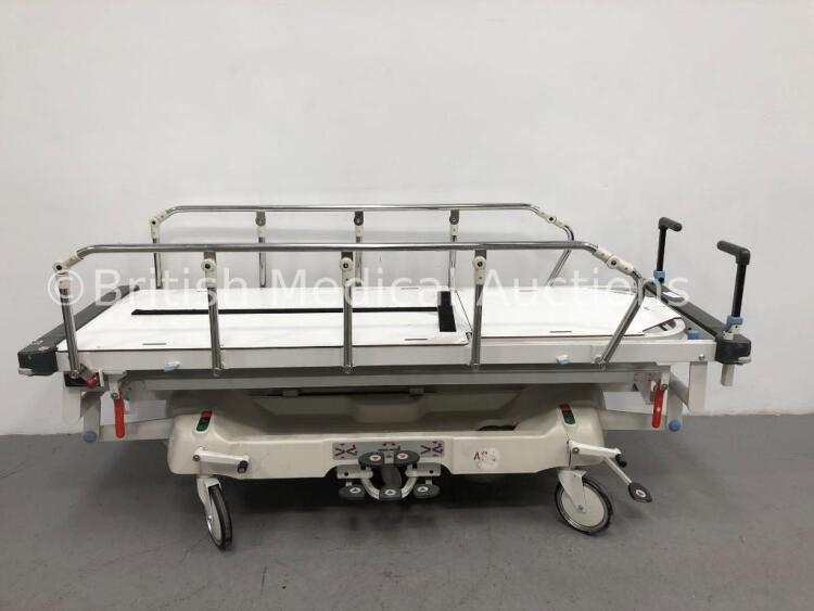 Huntleigh Lifeguard Hydraulic Patient Trolley (Hydraulics Tested Working)