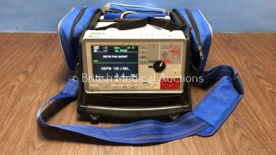 Zoll E Series Defibrillator Including ECG, NIBP, CO2 and SpO2 Options with Battery - Flat (Powers Up with Stock Battery)