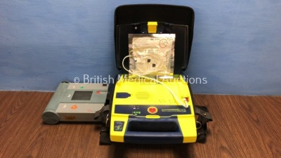 Job Lot Including 1 x Cardiac Science Powerheart AED G3 Automated External Defibrillator with Accessories and Carry Case (Powers Up with Stock Battery