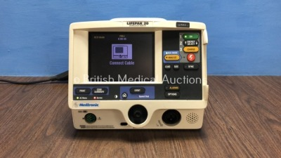 Lifepak 20 Defibrillator / Monitor Including ECG and Printer Options (Powers Up) *31041224*