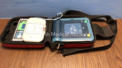 Philips Heartstart FRx Defibrillator in Carry Case with Philips Heartstart M5070A Battery *Install Date 2021-09 (Powers Up)